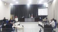Câmara de Apucarana realiza sessão ordinária com dois vereadores isolados pela Covid