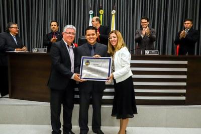 Igreja Metodista de Apucarana recebe Diploma de Méritos em Tarefas Comunitárias