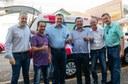Vereadores participam de entrega de veículos para a AMS